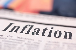 Image for Bloomberg News: Bridgewater Co-CIO Sees Inflation Spiral Forcing Fed Into Action